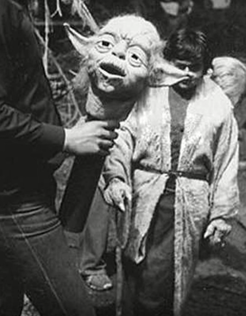 Click image for larger version.  Name:yoda.jpg Views:15 Size:32.7 KB ID:28112